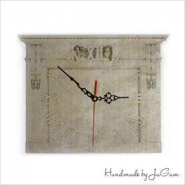 Drevené hodiny Brána