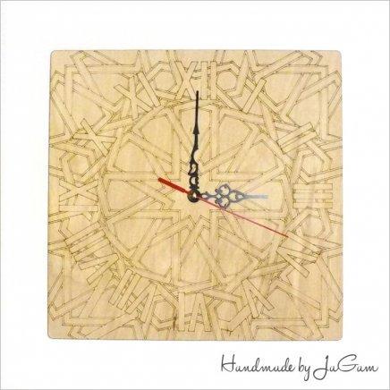Drevené hodiny Ornament