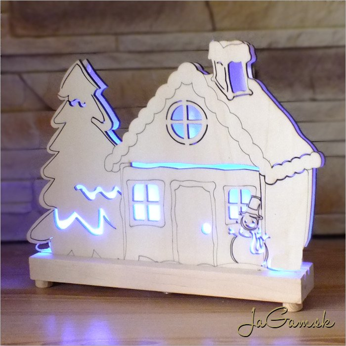 Drevená vianočná dekorácia s LED osvetlením 26 x 20 cm (dv2006)