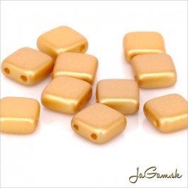 Štvorčeky 2-dierkové 6 x 6 mm, karamelová matná 20 ks (021/61)