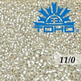 Toho Rokajl 11/0- Silver-Lined Frosted Crystal č.21F 8g